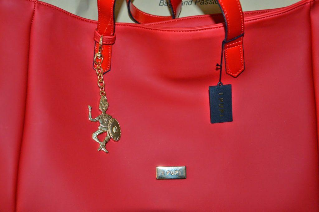I PUPI, la mia scelta 100% made in Italy, borsa shopping CUSTO rossa  I PUPI, la mia scelta 100% made in Italy, borsa shopping CUSTO rossa
