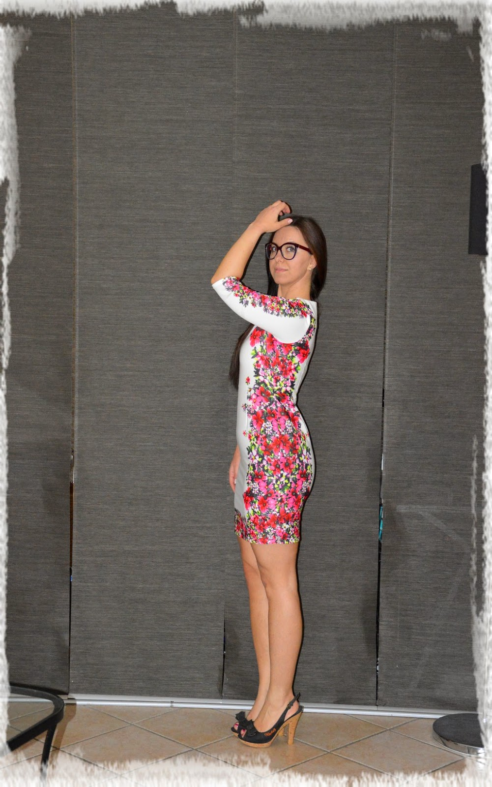 Let's Spring with OASAP floral dress - Primaveriamo con l'abito floreale da Oasap