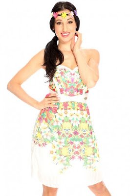 http://www.amiclubwear.com/clothing-dress-r6-sw1015whitefloral.html