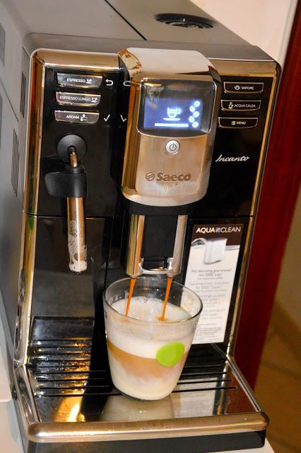 Tecnology corner: Philips Saeco HD8911/02 Macchina Espresso automatica Incanto Classic Pannarello  Tecnology corner: Philips Saeco HD8911/02 Macchina Espresso automatica Incanto Classic Pannarello