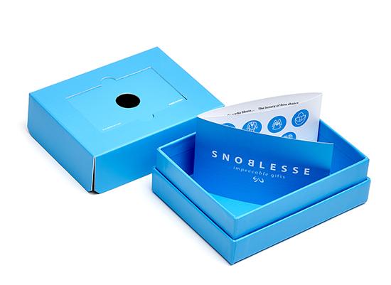 Regala la moda con la prima fashion gift card Snoblesse  Regala la moda con la prima fashion gift card Snoblesse