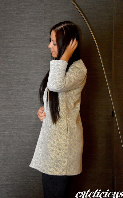 White floral coat Goa Goa - Made with love  White floral coat Goa Goa - Made with love  White floral coat Goa Goa - Made with love  White floral coat Goa Goa - Made with love