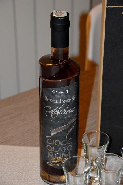 Il tuo regalo personalizzato da Liquorificio Italia  Il tuo regalo personalizzato da Liquorificio Italia  Il tuo regalo personalizzato da Liquorificio Italia