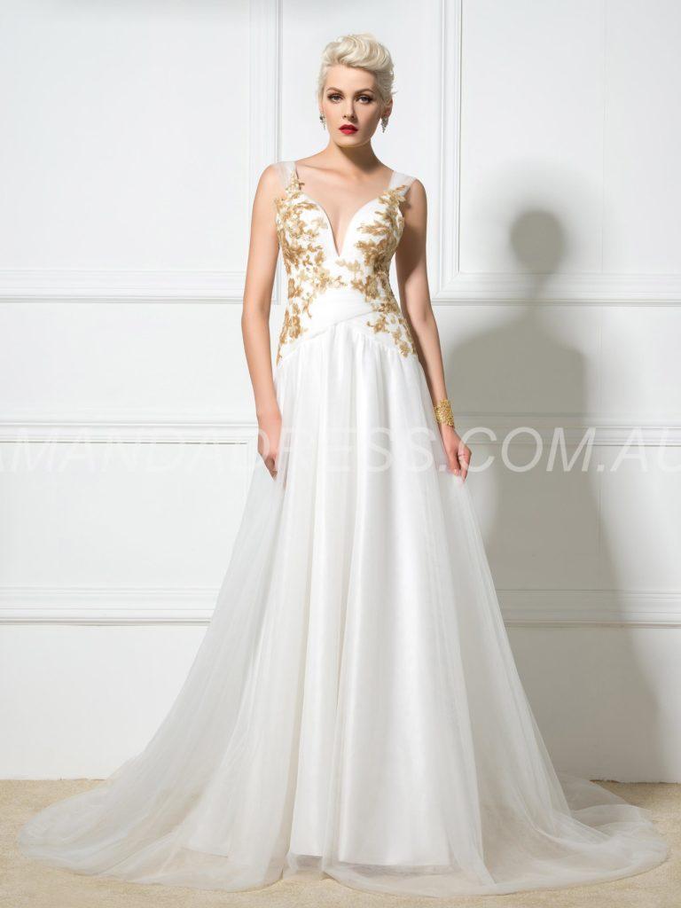 I saldi, il migliore momento per acquisto del tuo abito da sposa  I saldi, il migliore momento per acquisto del tuo abito da sposa