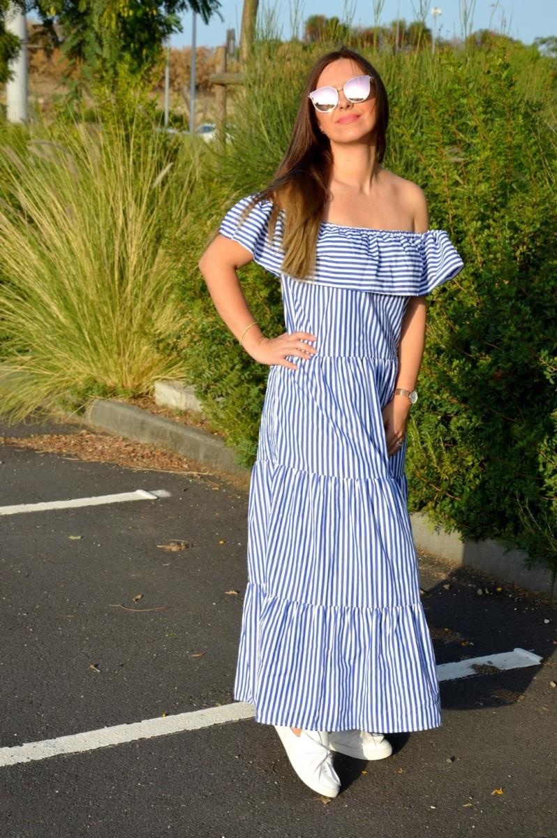 L'abito a righe stile spagnolo con le spalle scoperte Romwe